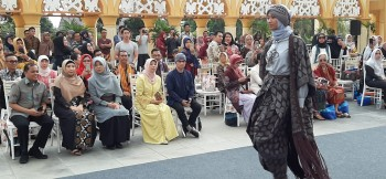 Norbaiti Hadiri Moslem Fashion Industry
